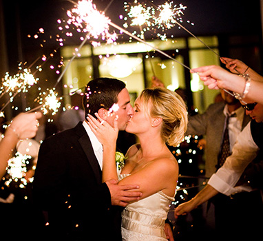 wedding_departure_sparklers
